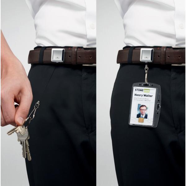 Symbolbild: Ausweishalter mit Jojo CHROME QUADRO mit Druckknopfschlaufe